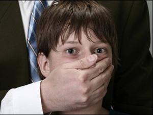 Pedofilia: il silenzio si incrina