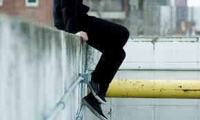 Adolescenti. Il suicidio e i social