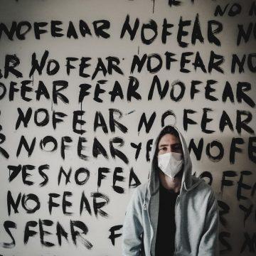 La lunga paura e la strada della cura