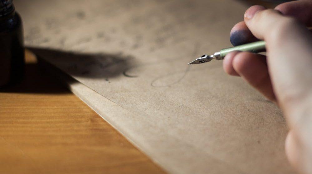 Caro amico ti scrivo…  (racconto)