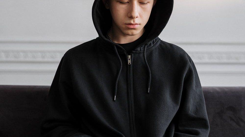 Adolescenti bloccati e genitori distanti
